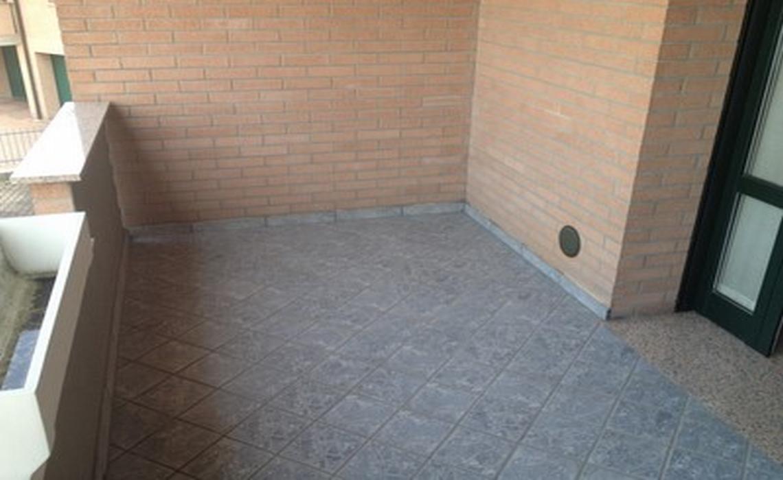 MONTECCHIO con ascensore interno