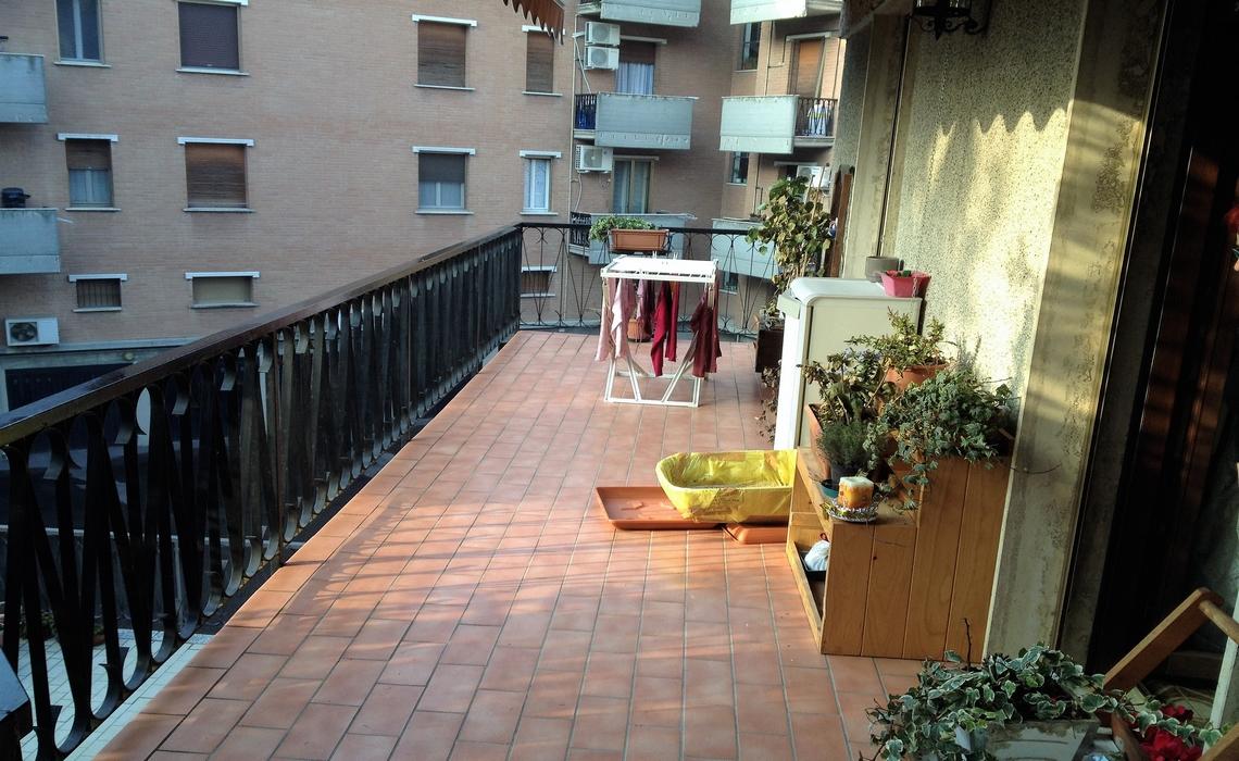 COLORNO quadrivani con terrazzo
