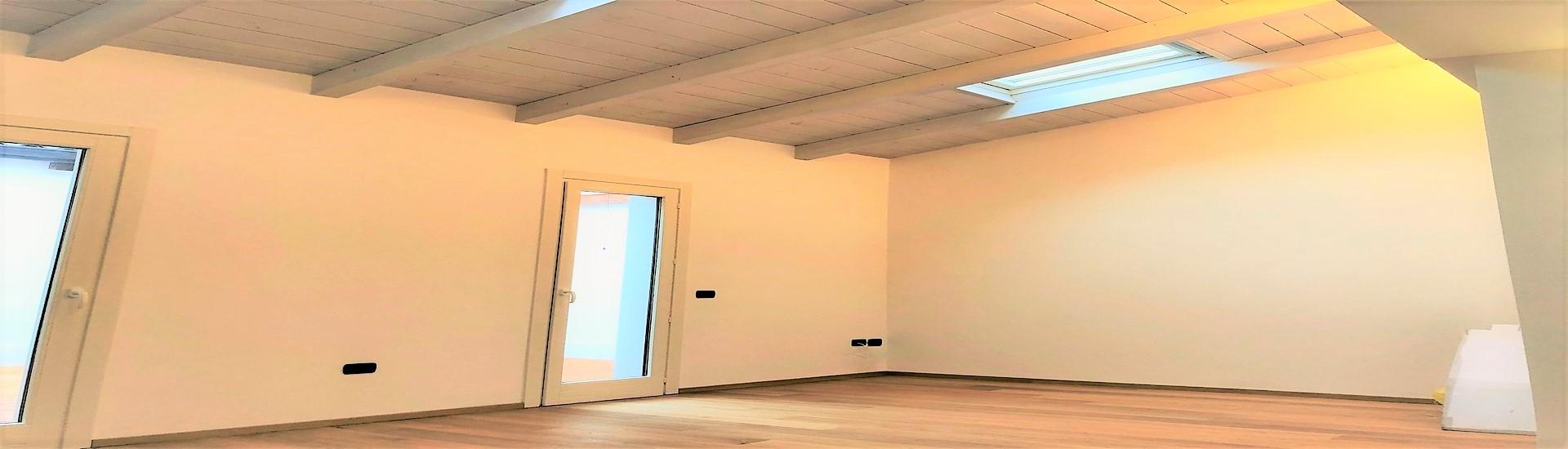 OZZANO TARO - Deliziosa Maisonette con terrazzo. Finiture di pregio. 148.000 euro