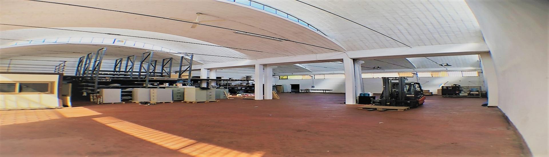CROCETTA - CAPANNONE con ufficio, magazzino e posti auto riservati, in posizione strategica. EURO 220.000