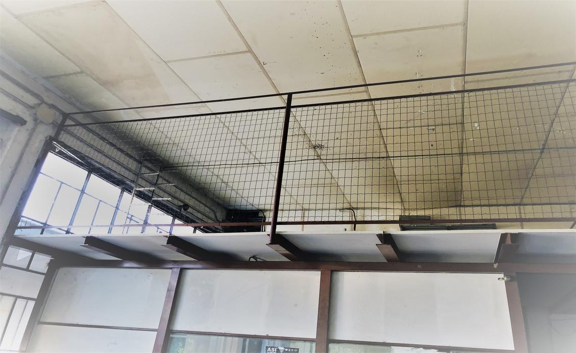 zona OSPEDALE capannone con soppalco